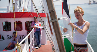 womens-gaza-flotilla-delayed-after-getting-lost-asking-for-driections