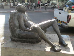 Tel Aviv statue dude showing off his junk